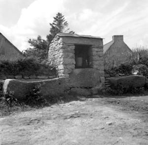 Puits du hameau, collectage de la mission Basse-Bretagne de 1939 |