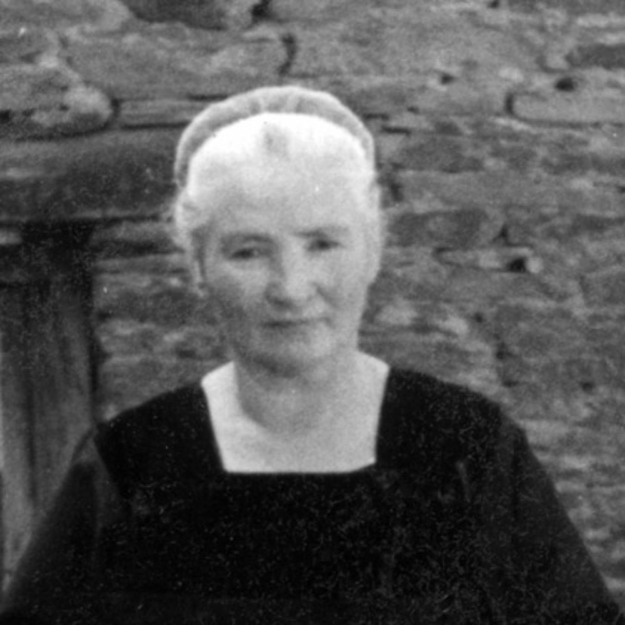 Mme Jean Dorval portrait
