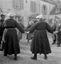 ridée conduite par François Le Brun sur l'air 'mon peloton dévie, dévide-toi donc' ; 16 juillet à 18h10 ; Surzur ; cour du presbytère ; [photo originale 28]