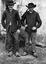 Mathurin Le Berre, dit Matho le Luern (le renard) (à g.) et Forion Pavec (à d.) ; 18 juillet 11h45 ; Surzur ; L'Hospital ; [photo originale 74]