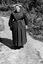 Mme Philomène Capitaine ; 31 juillet à 16h15 ; Brandérion ; cours du presbytère ; [photo originale 163]