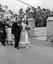 devant l'hôtel Moguérou, un mariage ; 05 août à 14h ; Penmarc'h ; Saint-Guénolé ; [photo originale 205]